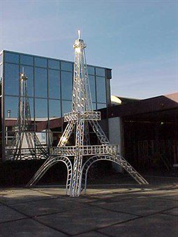 Sterk Custom Made Orders Eiffel Tower