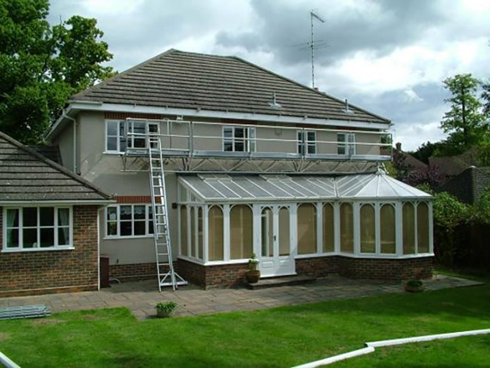 Triangular Bridge Winch System - Reaches over conservatories
